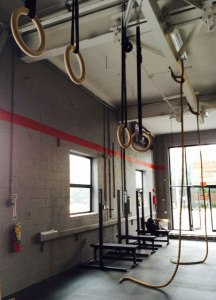 crossfit-equipment-rings-ropes