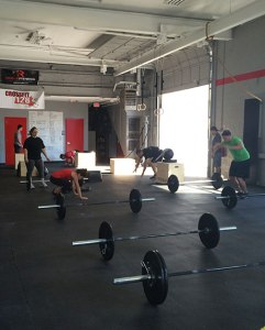 crossfit-training-barbells-freeweights